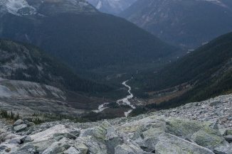 Looking down on Great Glacier trail from Perley Rock trail.